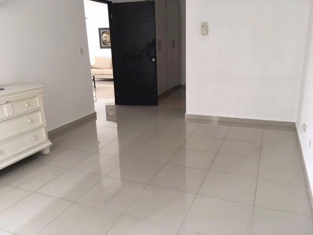 Apartamento Panama>Panama>Hato Pintado - Alquiler:950 US Dollar - codigo: 19-5640