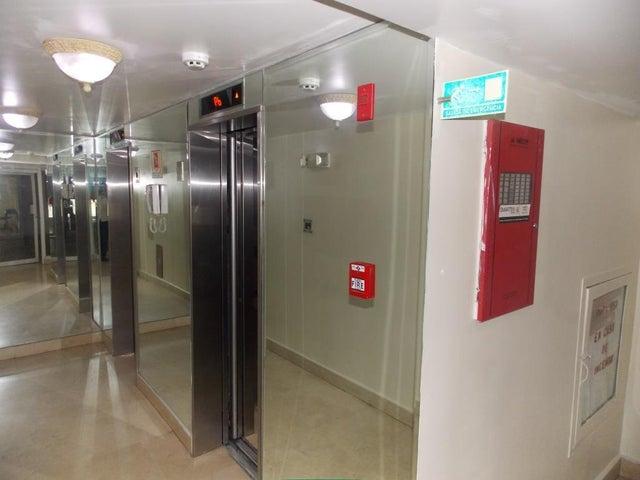 Apartamento Panama>Panama>Edison Park - Venta:185.000 US Dollar - codigo: 19-5641