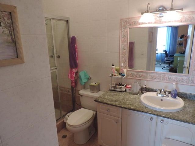 Apartamento Panama>Panama>El Cangrejo - Venta:380.000 US Dollar - codigo: 19-5849