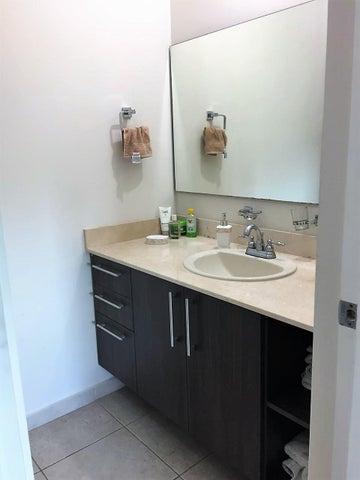 Apartamento Cocle>Rio Hato>Playa Blanca - Venta:280.000 US Dollar - codigo: 19-5964