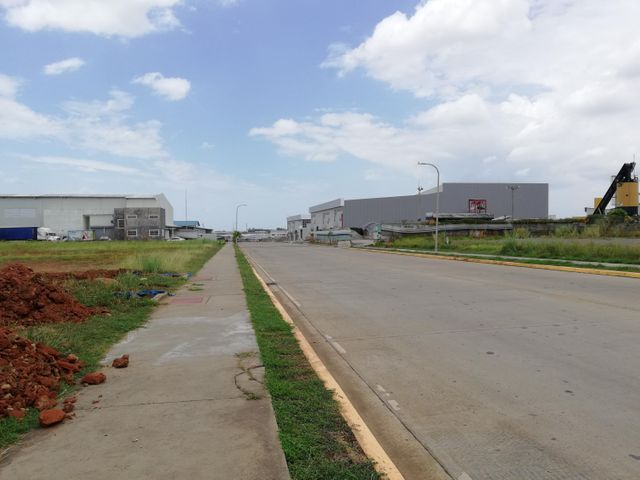 Terreno Panama>Panama>Tocumen - Alquiler:7.500 US Dollar - codigo: 19-6202