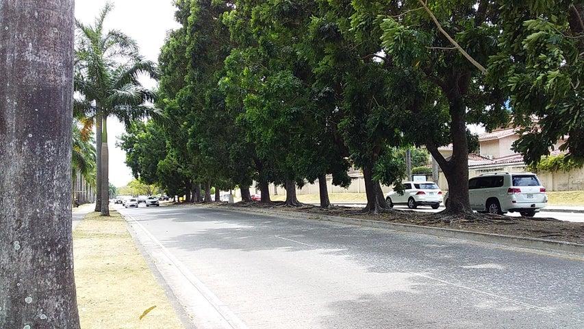 Local comercial Panama>Panama>Costa del Este - Alquiler:9.000 US Dollar - codigo: 19-6243