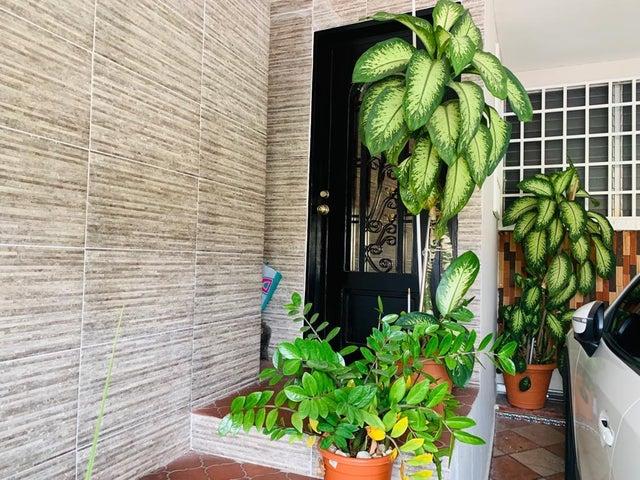 Casa Panama>Panama>Altos de Santa Maria - Alquiler:1.100 US Dollar - codigo: 19-6276