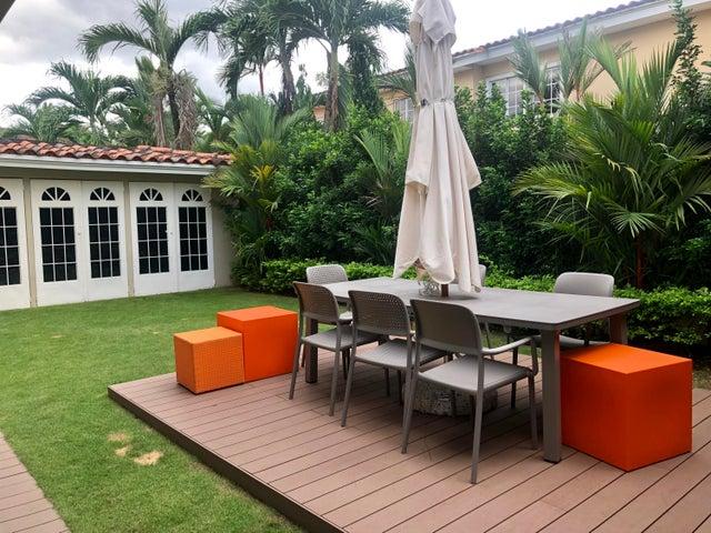 Casa Panama>Panama>Costa del Este - Venta:710.000 US Dollar - codigo: 19-6436