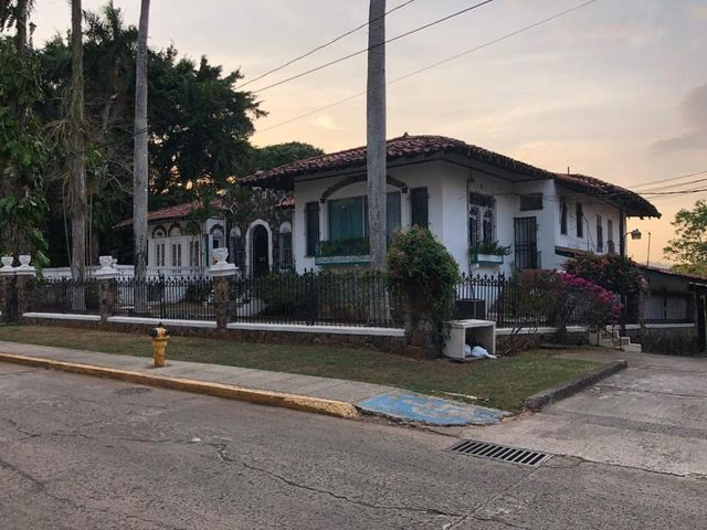 Casa Panama>Panama>La Cresta - Venta:1.900.000 US Dollar - codigo: 19-6528