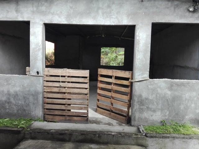 Casa Panama>Panama>Las Cumbres - Venta:420.000 US Dollar - codigo: 19-6683