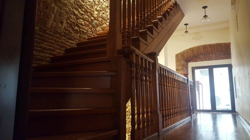 Apartamento Panama>Panama>Casco Antiguo - Alquiler:1.100 US Dollar - codigo: 19-6695