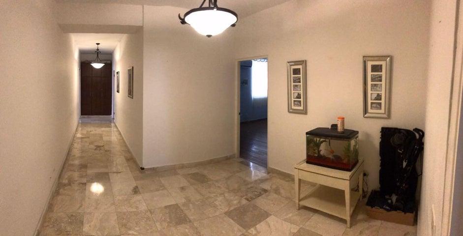 Apartamento Panama>Panama>Obarrio - Venta:690.000 US Dollar - codigo: 19-6704