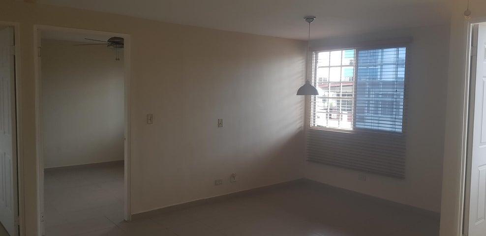 Apartamento Panama>Panama>Parque Lefevre - Alquiler:580 US Dollar - codigo: 19-6756