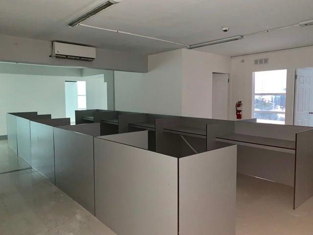 Oficina Panama>Panama>Obarrio - Venta:300.000 US Dollar - codigo: 19-7075