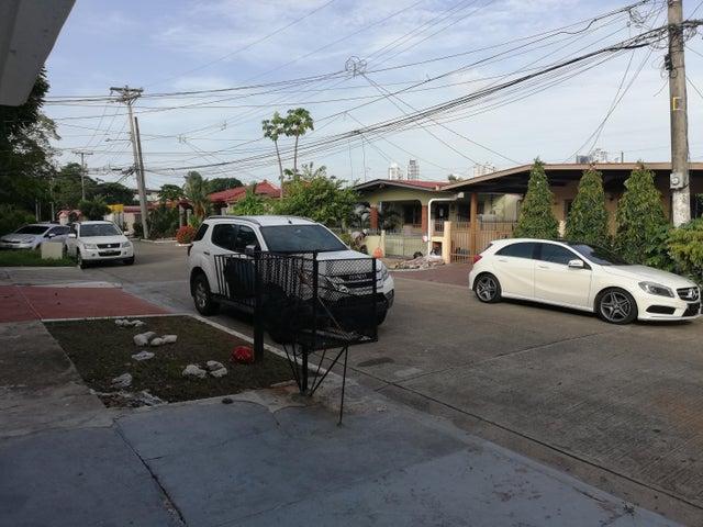 Casa Panama>Panama>Parque Lefevre - Alquiler:1.800 US Dollar - codigo: 19-7301