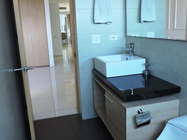 Apartamento Panama>Panama>Costa del Este - Venta:675.000 US Dollar - codigo: 19-7344