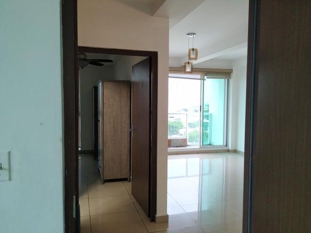 Apartamento Panama>Panama>Parque Lefevre - Alquiler:800 US Dollar - codigo: 19-7258
