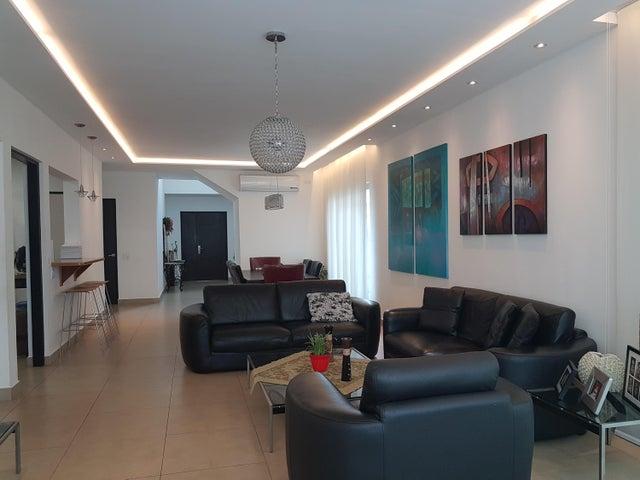 Casa Panama>Panama>Altos de Panama - Venta:699.000 US Dollar - codigo: 19-7399