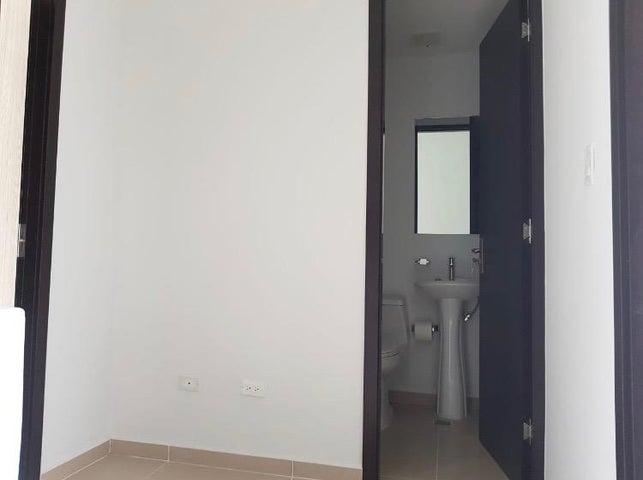 Casa Panama>San Miguelito>El Crisol - Alquiler:750 US Dollar - codigo: 19-7431