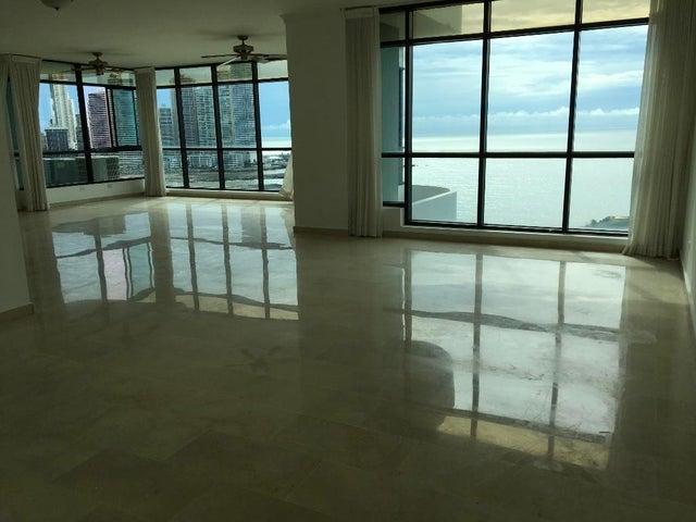 Apartamento Panama>Panama>Avenida Balboa - Venta:820.000 US Dollar - codigo: 19-7826