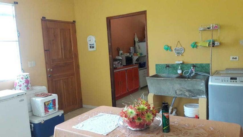 Casa Veraguas>Veraguas>Veraguas - Venta:235.000 US Dollar - codigo: 19-8416