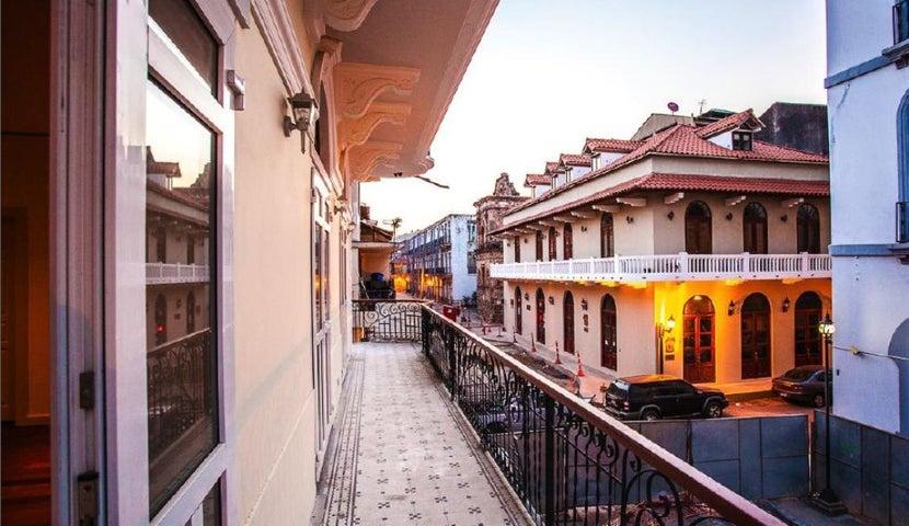 Apartamento Panama>Panama>Casco Antiguo - Alquiler:2.000 US Dollar - codigo: 19-8176
