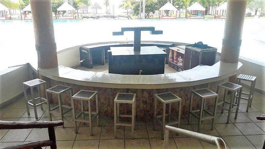 Apartamento Cocle>Rio Hato>Playa Blanca - Venta:430.000 US Dollar - codigo: 19-8216