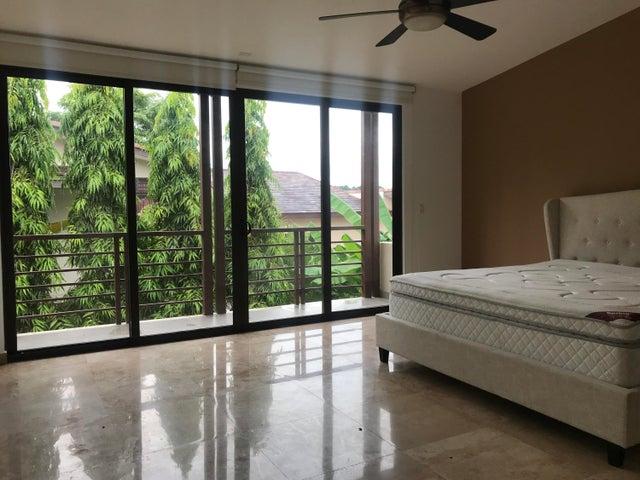 Casa Panama>Panama>Panama Pacifico - Alquiler:3.200 US Dollar - codigo: 19-8527