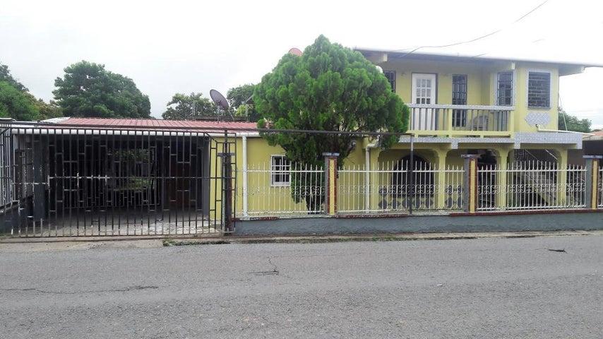 Casa Panama>Panama>Tocumen - Venta:150.000 US Dollar - codigo: 19-8550