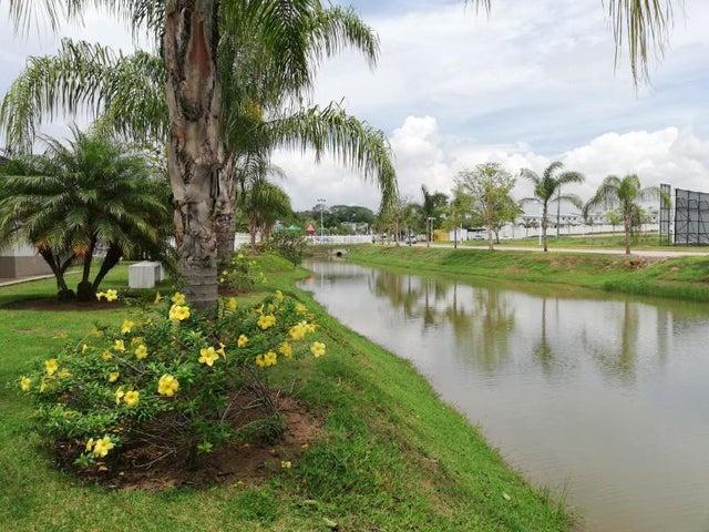 Apartamento Panama>Panama Oeste>Arraijan - Venta:146.515 US Dollar - codigo: 19-8996