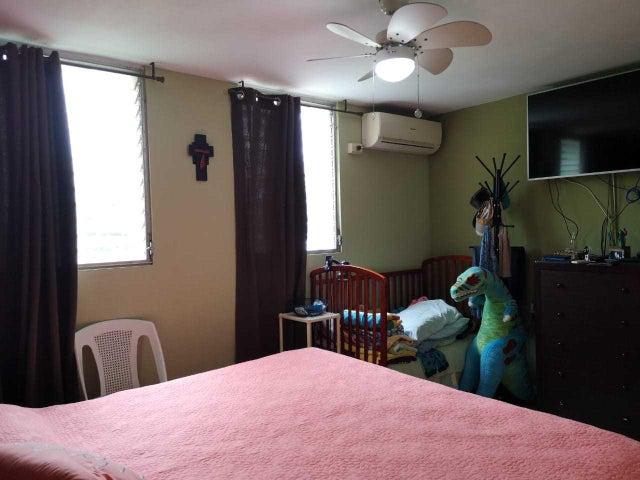 Apartamento Panama>Panama>El Cangrejo - Venta:275.000 US Dollar - codigo: 19-9003