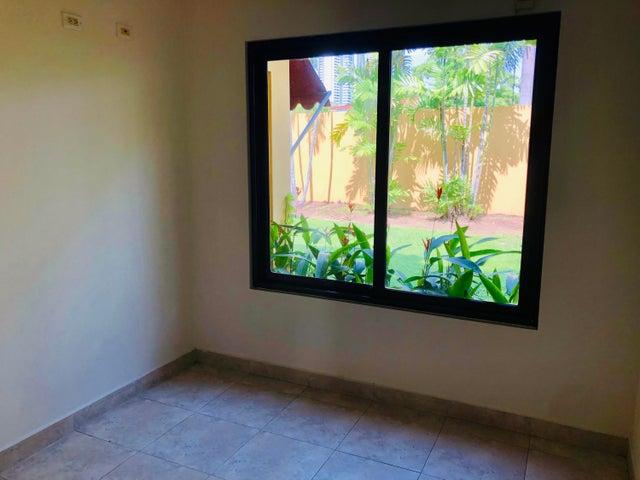 Casa Panama>Panama>Costa del Este - Venta:895.000 US Dollar - codigo: 19-9039