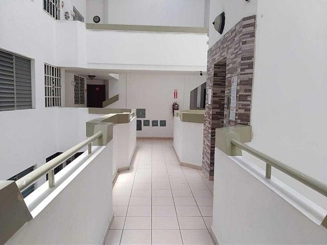 Apartamento Panama>Panama>Campo Limberg - Venta:78.000 US Dollar - codigo: 19-9053