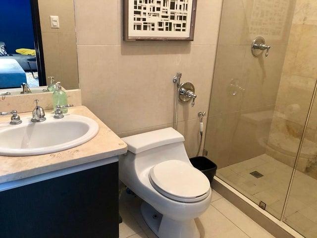 Apartamento Panama>Panama>Avenida Balboa - Alquiler:1.900 US Dollar - codigo: 19-9816