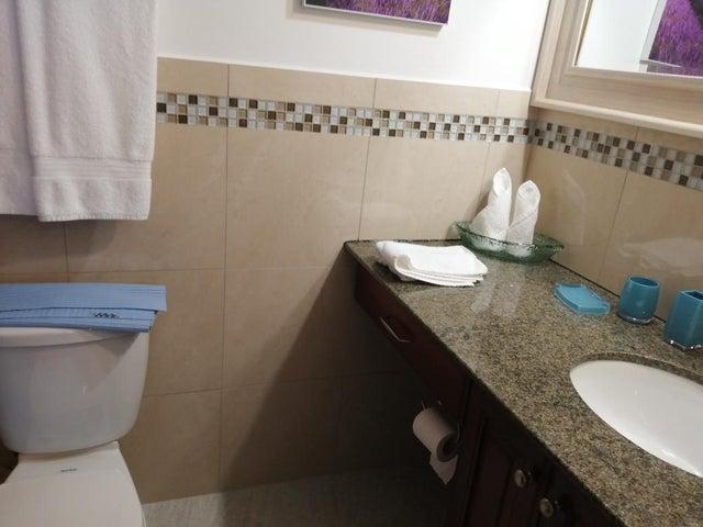 Townhouse Veraguas>Santiago>Santiago - Alquiler:1.300 US Dollar - codigo: 19-9827