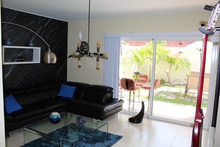 Casa Panama>Panama>Versalles - Alquiler:1.500 US Dollar - codigo: 19-9925