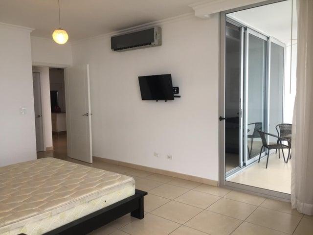 Apartamento Panama>Panama>Avenida Balboa - Alquiler:1.800 US Dollar - codigo: 19-8681