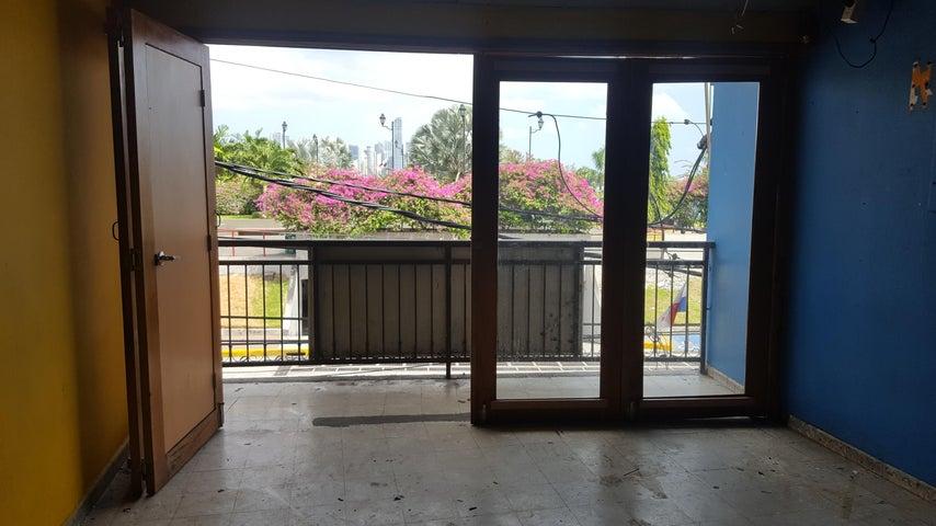 Local comercial Panama>Panama>Casco Antiguo - Alquiler:2.000 US Dollar - codigo: 19-11159