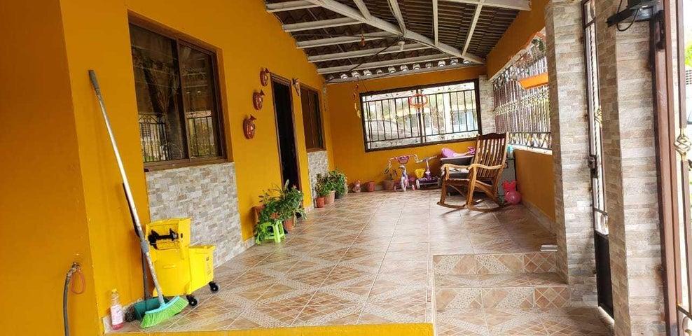 Casa Panama>Panama>Las Cumbres - Venta:120.000 US Dollar - codigo: 19-11187