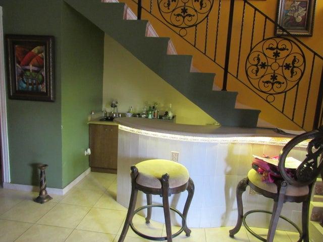 Casa Panama>Panama>Altos de Panama - Venta:310.500 US Dollar - codigo: 19-12264