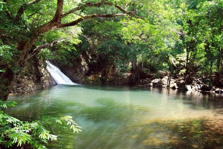 Terreno Panama>Chame>Sora - Venta:65.000 US Dollar - codigo: 19-12272