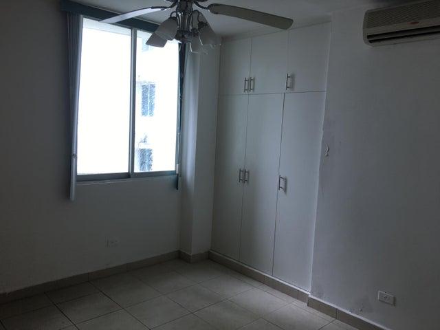 Apartamento Panama>Panama>Condado del Rey - Venta:160.000 US Dollar - codigo: 20-27