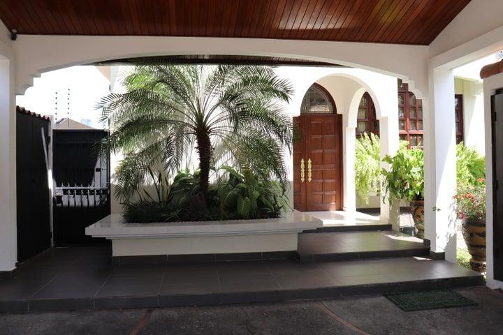 Casa Panama>Panama>El Carmen - Venta:670.000 US Dollar - codigo: 20-95