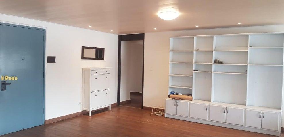 Apartamento Panama>Panama>Obarrio - Venta:230.000 US Dollar - codigo: 20-176