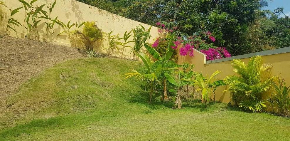 Casa Panama>Panama>Brisas Del Golf - Venta:250.000 US Dollar - codigo: 20-171