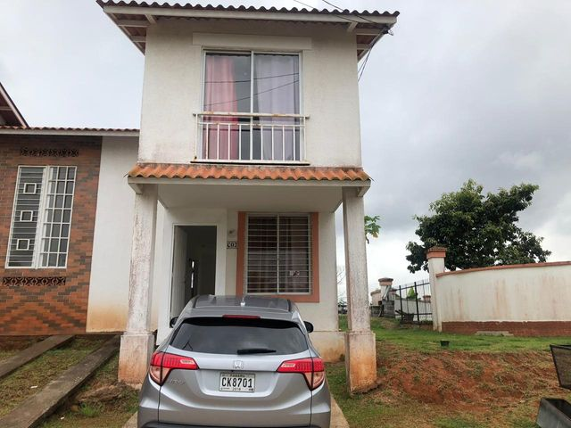 Casa Panama>Arraijan>Vista Alegre - Alquiler:550 US Dollar - codigo: 20-162