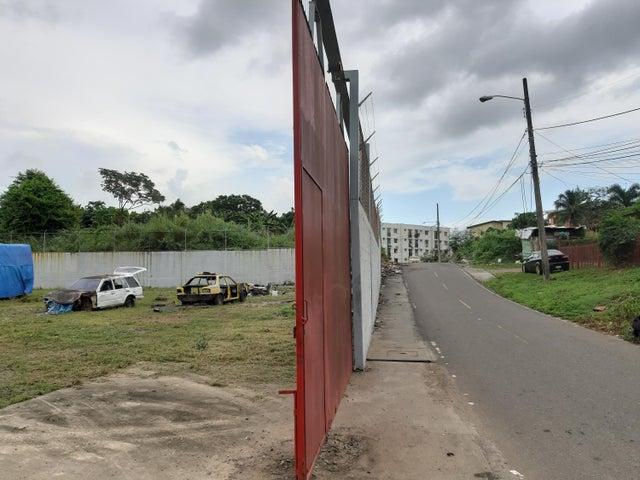 Terreno Panama>Panama>Rio Abajo - Alquiler:8.000 US Dollar - codigo: 20-215