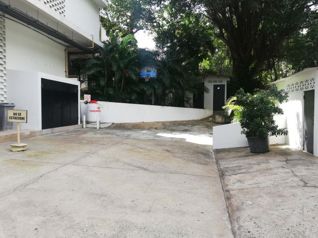 Apartamento Panama>Panama>Altos del Golf - Venta:450.000 US Dollar - codigo: 20-569