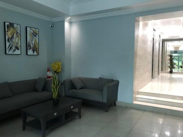 Apartamento Panama>Panama>San Francisco - Venta:143.000 US Dollar - codigo: 20-940