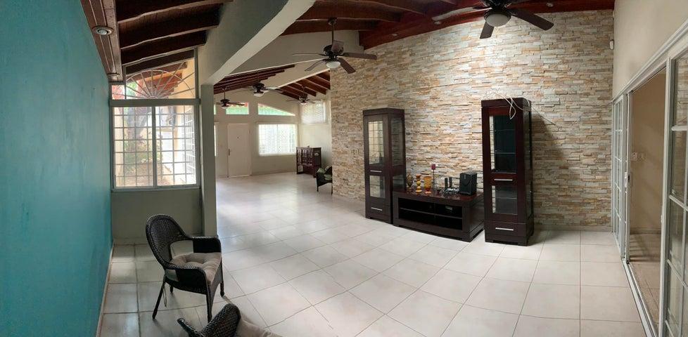 Casa Panama>Panama>Los Angeles - Venta:465.000 US Dollar - codigo: 20-1440
