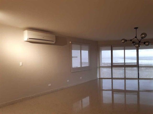 Apartamento Panama>Panama>Coco del Mar - Alquiler:2.200 US Dollar - codigo: 20-1656