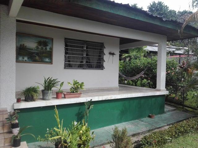 Casa Panama>Panama>Las Cumbres - Venta:420.000 US Dollar - codigo: 20-1849