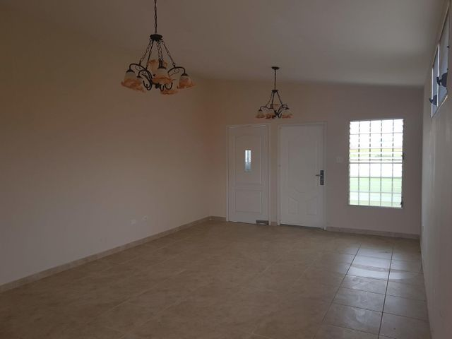 Casa Panama>Arraijan>Vista Alegre - Venta:103.000 US Dollar - codigo: 20-1855