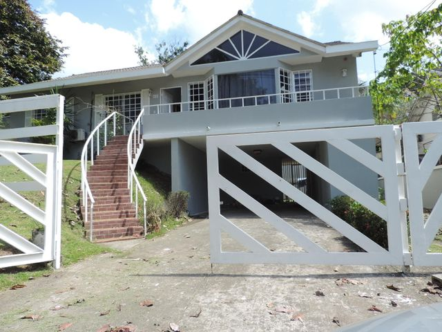 Casa Panama>San Miguelito>Brisas Del Golf - Alquiler:1.500 US Dollar - codigo: 20-1858